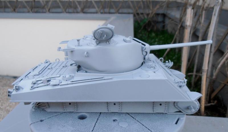 """Sherman M4A3 76 mm """" 2éme DB """" ( boite a rabiot 1/35éme ) P3230522"""
