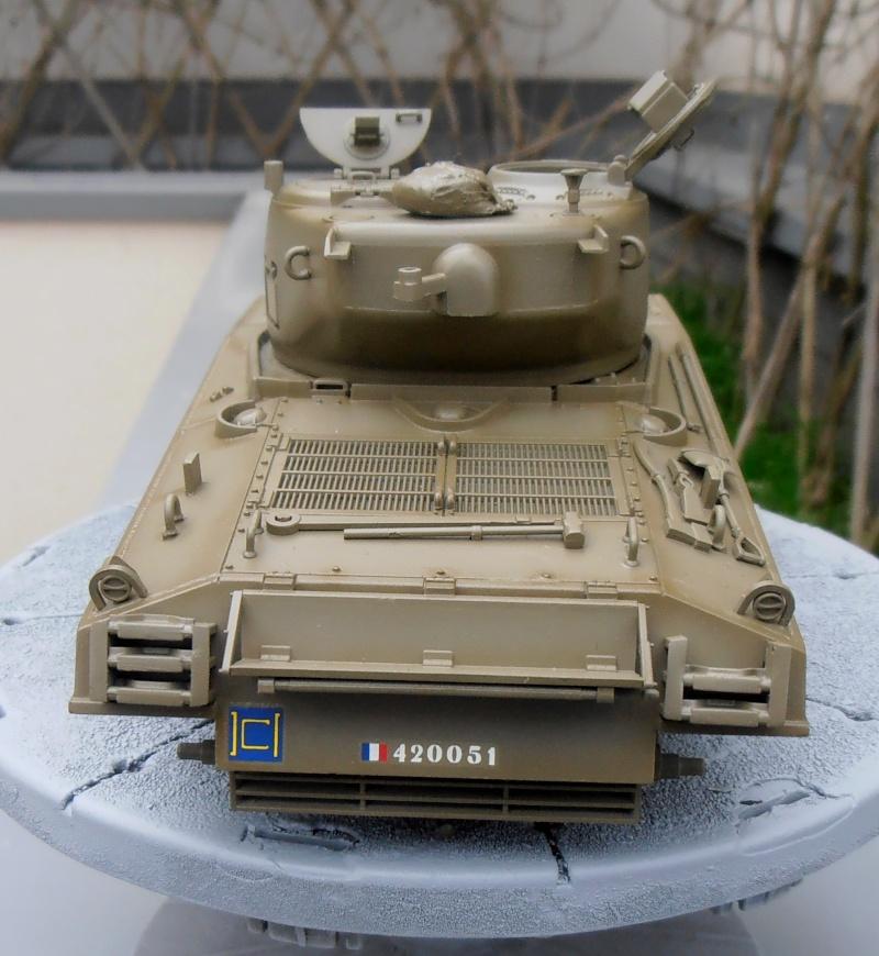 """Sherman M4A3 76 mm """" 2éme DB """" ( boite a rabiot 1/35éme ) P3290615"""