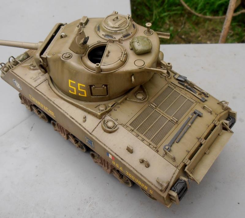 """Sherman M4A3 76 mm """" 2éme DB """" ( boite a rabiot 1/35éme ) - Page 2 P4160715"""