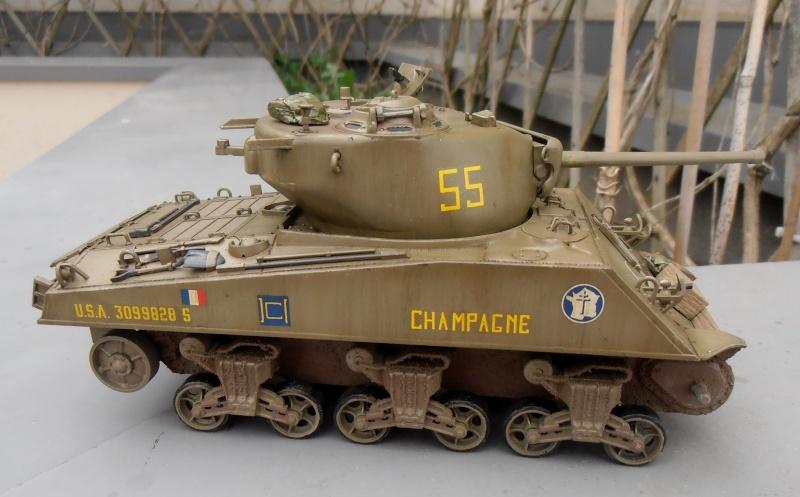 """Sherman M4A3 76 mm """" 2éme DB """" ( boite a rabiot 1/35éme ) - Page 2 P4160716"""