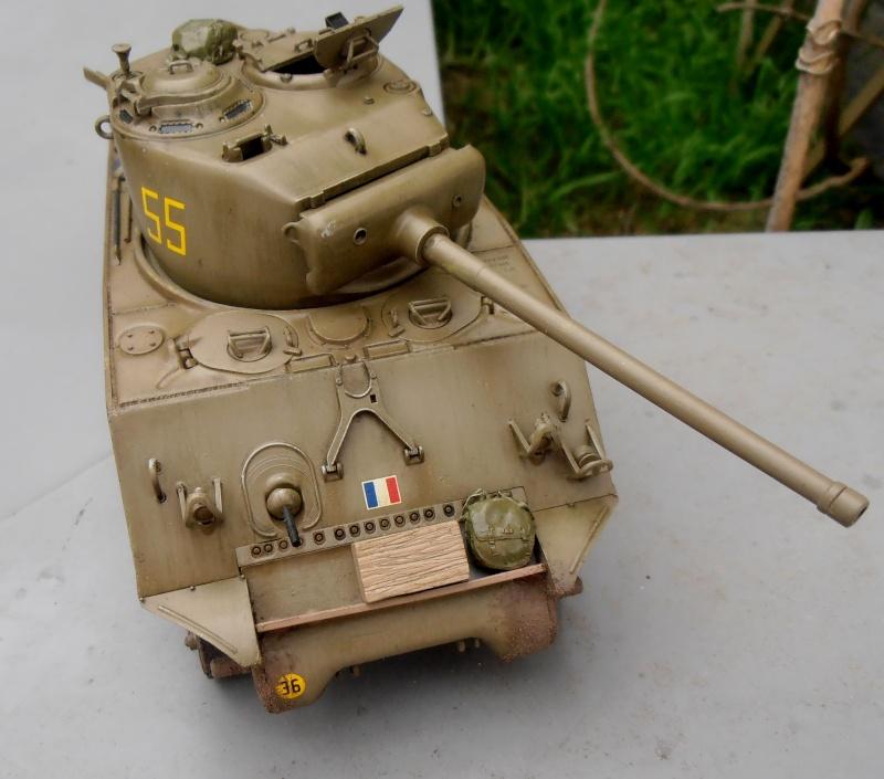 """Sherman M4A3 76 mm """" 2éme DB """" ( boite a rabiot 1/35éme ) - Page 2 P4160717"""
