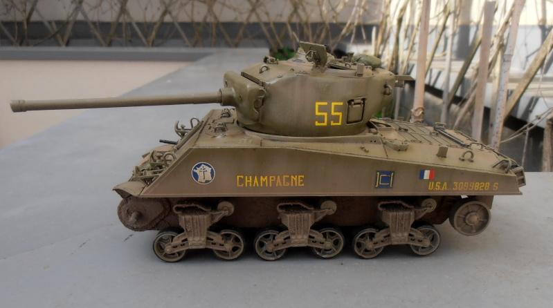 """Sherman M4A3 76 mm """" 2éme DB """" ( boite a rabiot 1/35éme ) - Page 2 P4160718"""