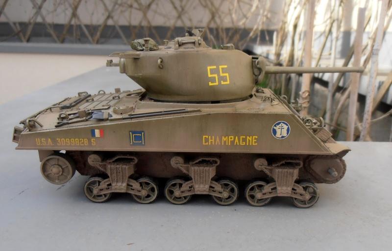 """Sherman M4A3 76 mm """" 2éme DB """" ( boite a rabiot 1/35éme ) - Page 2 P4160719"""