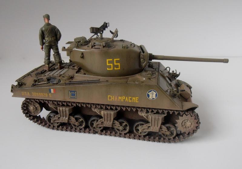 """Sherman M4A3 76 mm """" 2éme DB """" ( boite a rabiot 1/35éme ) - Page 4 P4190718"""