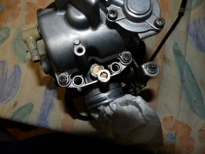 800 VN - carbu hs P1030210