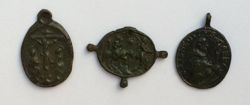 3 médailles identifiées  Img_0011