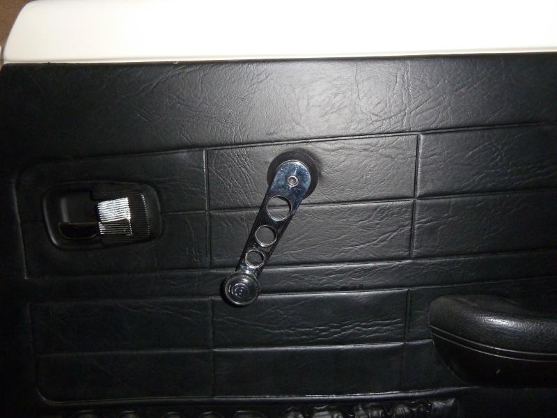 denis du bas rhin et sa Karmann Ghia de 73 sortie de grange - Page 22 P1170415