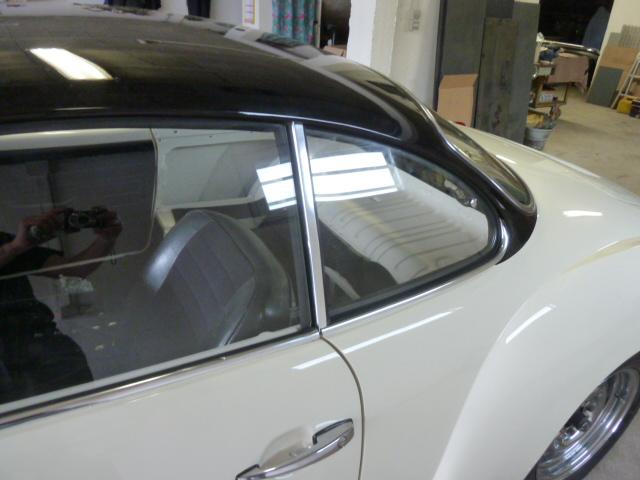 denis du bas rhin et sa Karmann Ghia de 73 sortie de grange - Page 22 P1170610