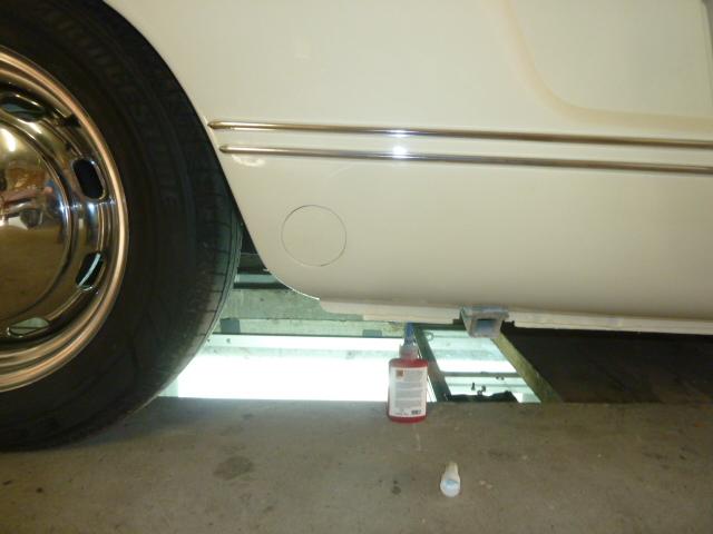denis du bas rhin et sa Karmann Ghia de 73 sortie de grange - Page 23 P1170816