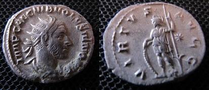 Antoninien de Volusien, VIRTVS AVGG Img_2310
