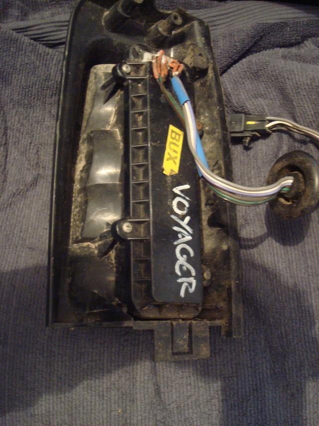 Cherche feu AR droit pour un S2 : TD SE de 1995 Dsc09514