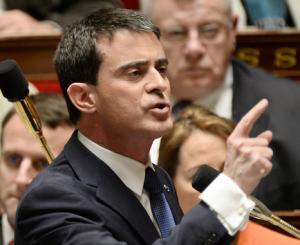 Manuel Valls suspendrait le processus électoral si Marine Le Pen était élue en 2017 ! Unname10