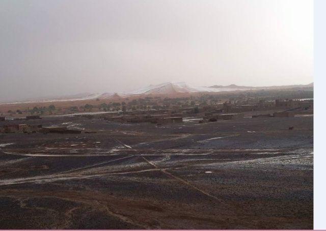 En images: La grêle couvre les dunes de merzouga Neige_10