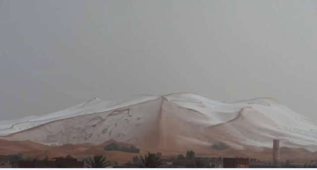 En images: La grêle couvre les dunes de merzouga Neige_11