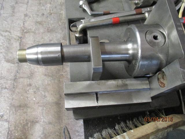 Appareil à faire des arrondis sur les métaux par jb53 Img_0919