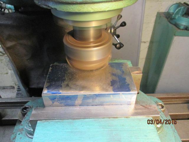 Appareil à faire des arrondis sur les métaux par jb53 Img_0923