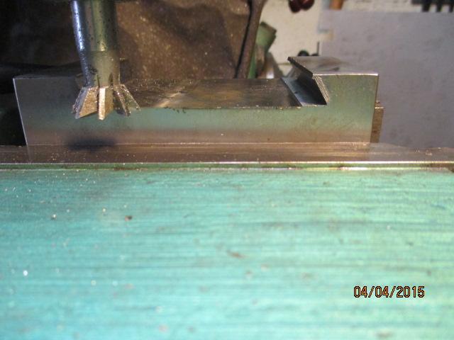 Appareil à faire des arrondis sur les métaux par jb53 Img_0924