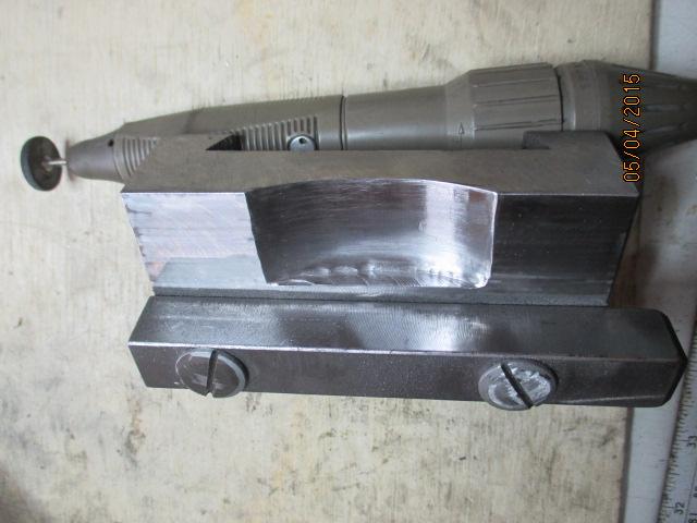 Appareil à faire des arrondis sur les métaux par jb53 Img_0936