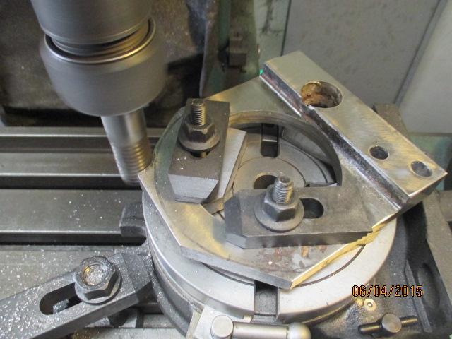 Appareil à faire des arrondis sur les métaux par jb53 Img_0944