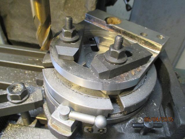 Appareil à faire des arrondis sur les métaux par jb53 Img_0945