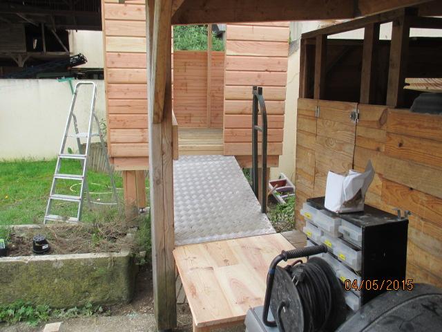 Une cabane et sa tour pour mes petits-fils Img_1039