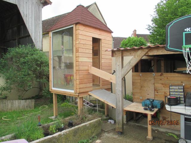 Une cabane et sa tour pour mes petits-fils Img_1045