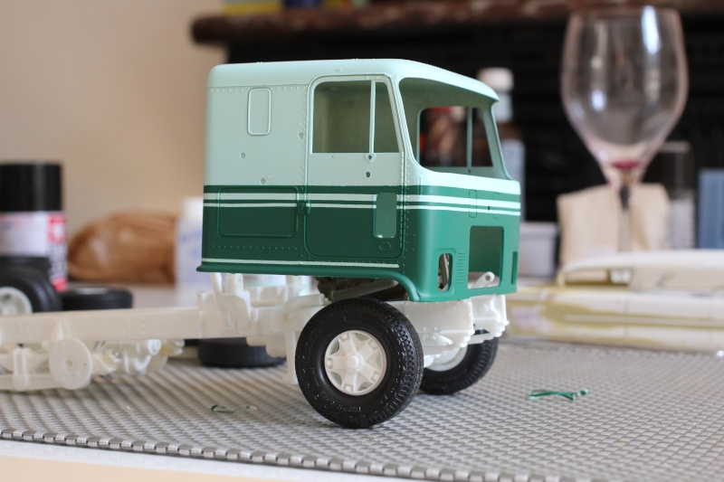 Truck CHEVY TITAN 90 avec Haulaway trailer Amt Img_1536