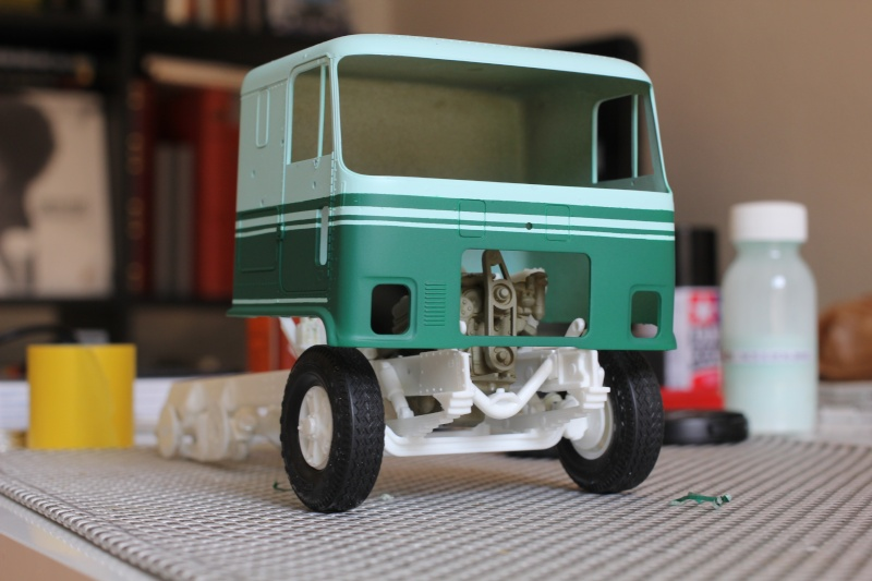 Truck CHEVY TITAN 90 avec Haulaway trailer Amt Img_1537