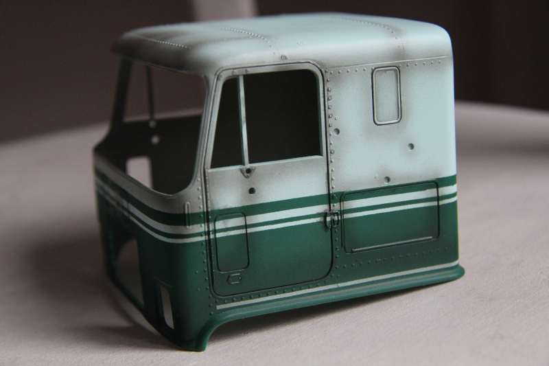 Truck CHEVY TITAN 90 avec Haulaway trailer Amt Img_3927
