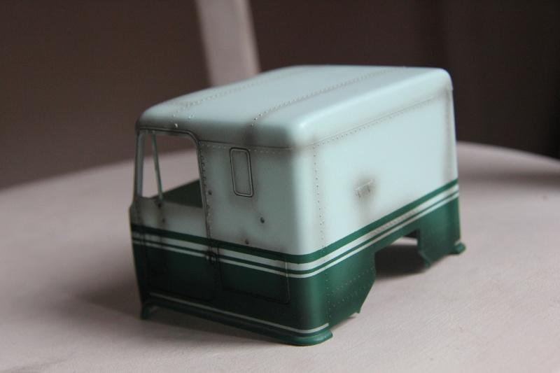 Truck CHEVY TITAN 90 avec Haulaway trailer Amt Img_3928