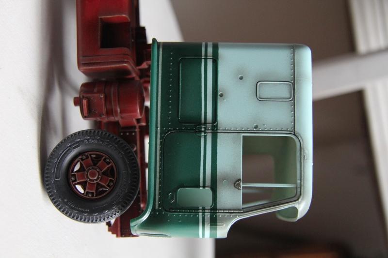 Truck CHEVY TITAN 90 avec Haulaway trailer Amt Img_3930
