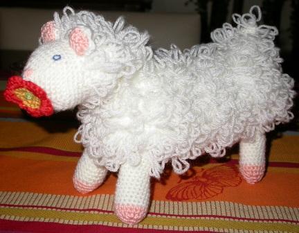Vitrine des doudous Animaux A VOS CROCHETS  Mouton11