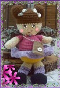 Vitrine des poupées et personnages de dessins animés. TOUTES A VOS CROCHETS  Poupye10