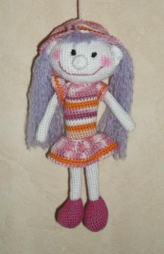 Vitrine des poupées et personnages de dessins animés. TOUTES A VOS CROCHETS  Poupye12