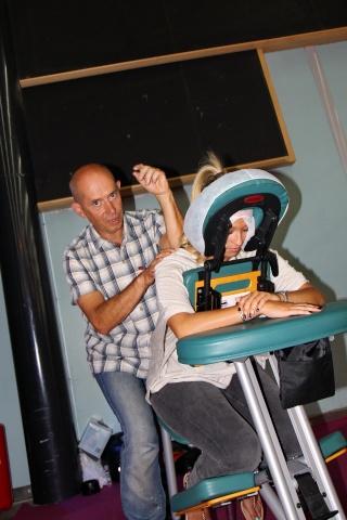 Philippe Lardy et les massages Img_1010