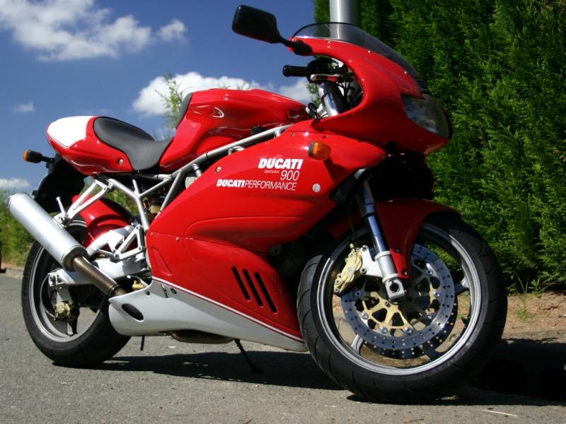 Avis Ducati 996 - Page 2 Big90010