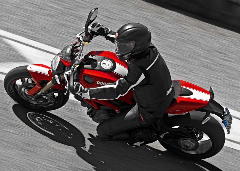 Avis Ducati 996 - Page 3 Ducati12