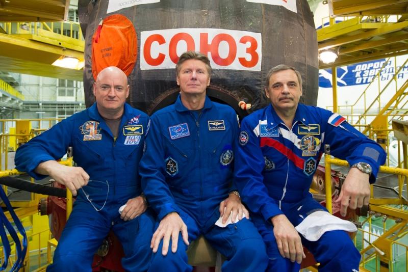 Lancement Soyouz-FG / Soyouz TMA-16M - 27 mars 2015 - Page 2 Soyuz-18