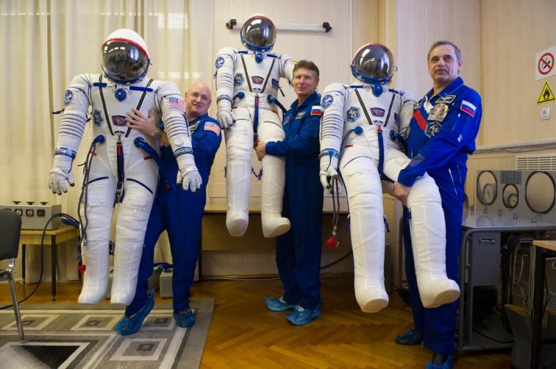 Lancement Soyouz-FG / Soyouz TMA-16M - 27 mars 2015 - Page 2 Soyuz-30
