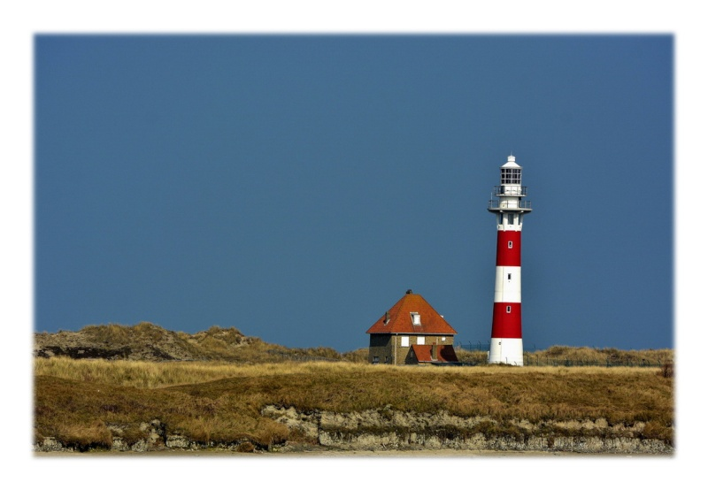 Le phare rouge. 2015-025