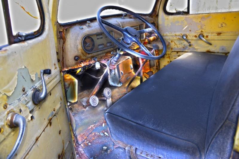 Le vieux camion. 2015-055