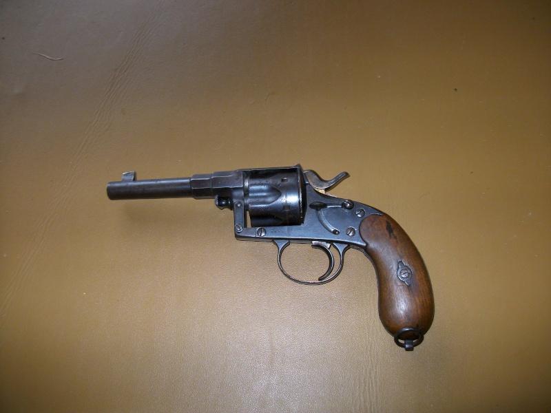 panorama des armes de poing réglementaires en categorie D  - Page 2 Montyn19