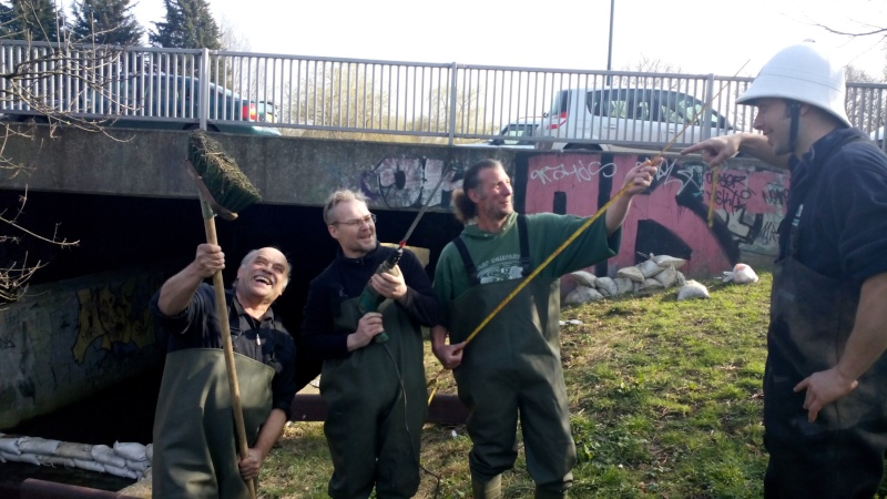Hogsmill volunteers, A Job Well done :-) Img_2015
