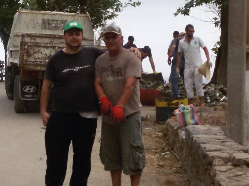 volontariat de nettoyage de la route du Cap à Aokas le 15 mai 2015 - Page 3 536