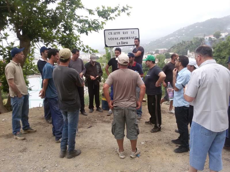 volontariat de nettoyage de la route du Cap à Aokas le 15 mai 2015 - Page 3 541