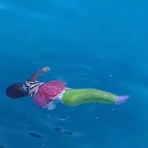 Immigration: La Belgique enverra des bateaux en Méditeranée - Page 2 11149310