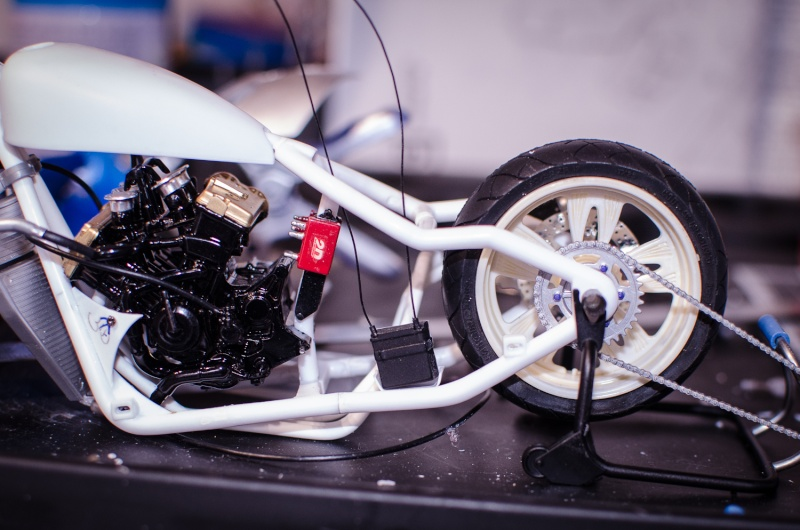 CSOEBWHMGPV5MIOTFTKRV5BRSD ou HRC V5 (Honda Racing Chopper V5) - Page 4 20150418