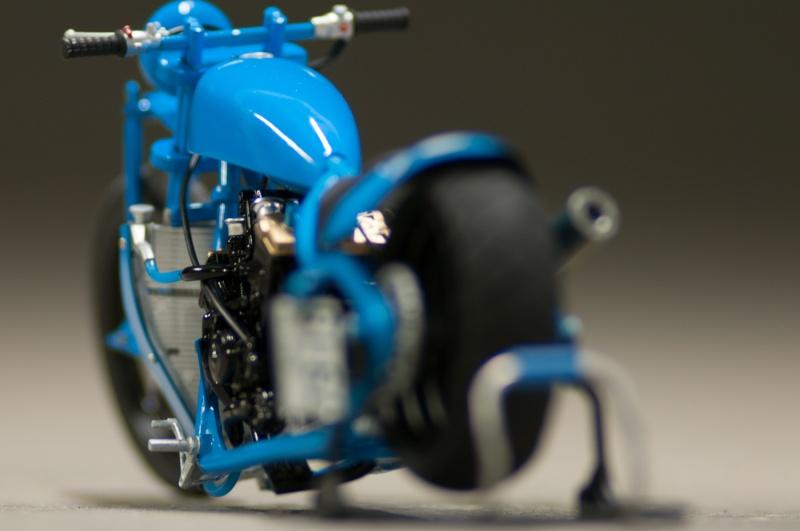 CSOEBWHMGPV5MIOTFTKRV5BRSD ou HRC V5 (Honda Racing Chopper V5) - Page 4 20150524