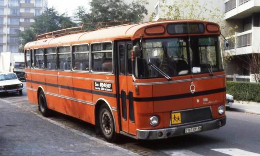 Bus Saviem, Chausson etc......... - Page 2 10518911
