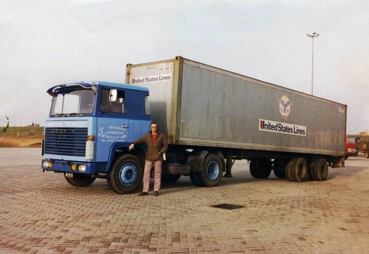 Scania LB 111 et 141. 2010-110